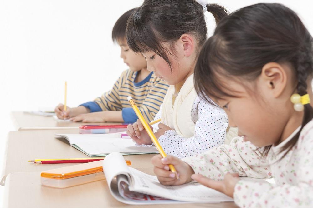 英語とプログラミングの両方が学べる幼児英語コース